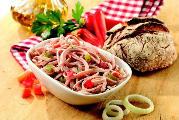 4338 Ungarischer Salat